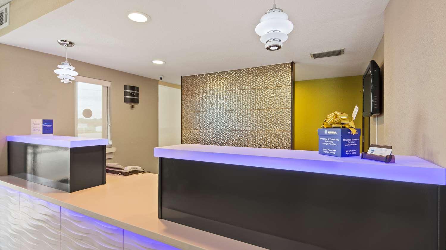 Lobby - Best Western Inn Andalusia