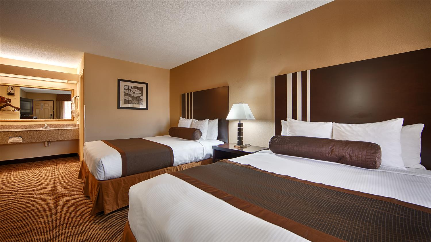 Room - Best Western Inn Andalusia
