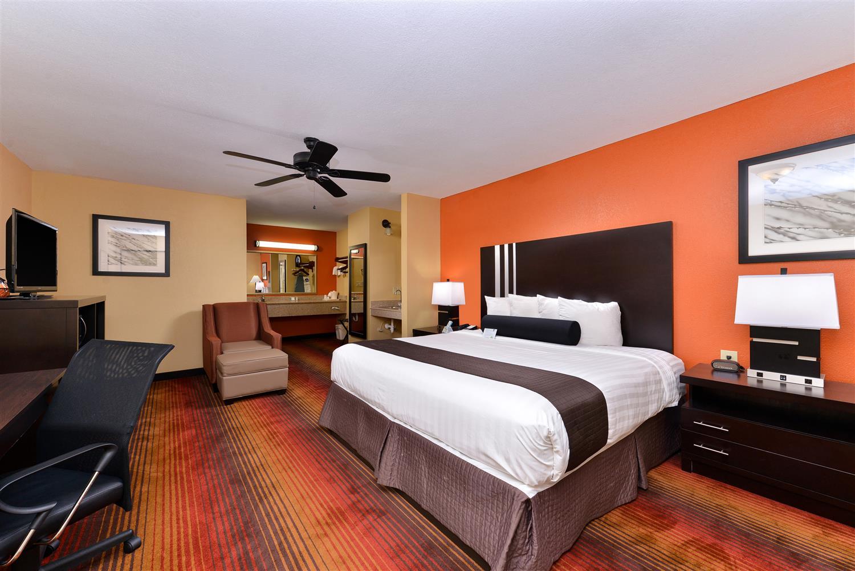 Room - Best Western Inn Monroeville