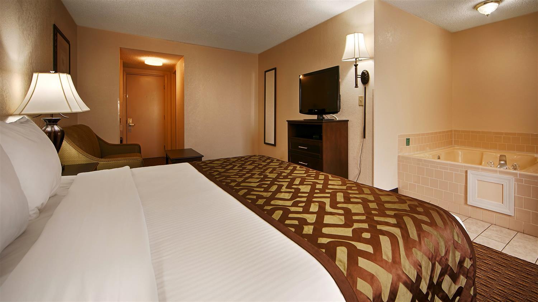 Suite - Best Western River City Hotel Decatur
