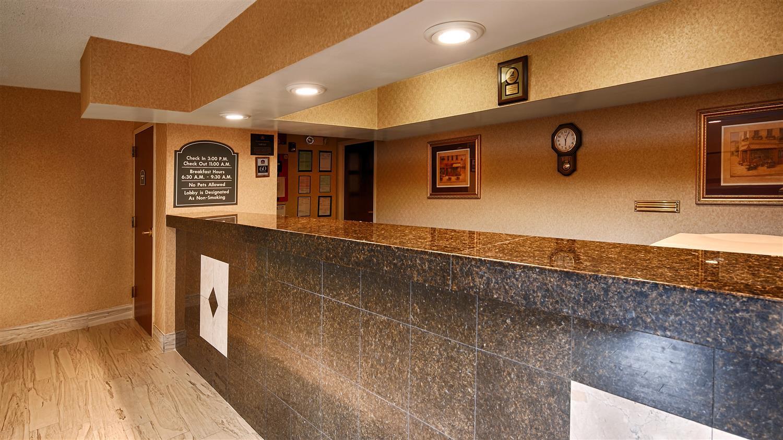 Lobby - Best Western Gardendale Inn