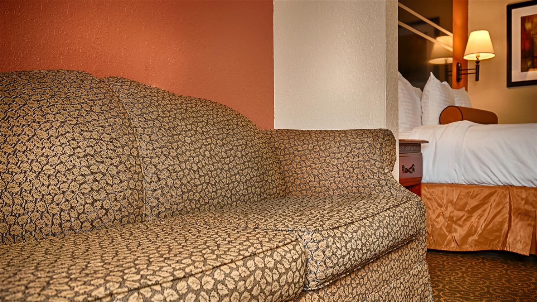 Room - Best Western Gardendale Inn