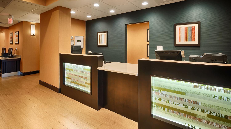 Lobby - Best Western Plus Gadsden Hotel & Suites