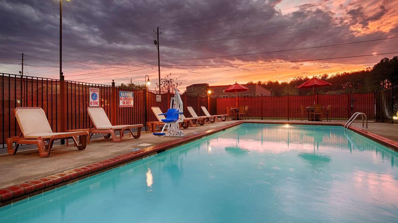 Pool - Best Western Plus Gadsden Hotel & Suites