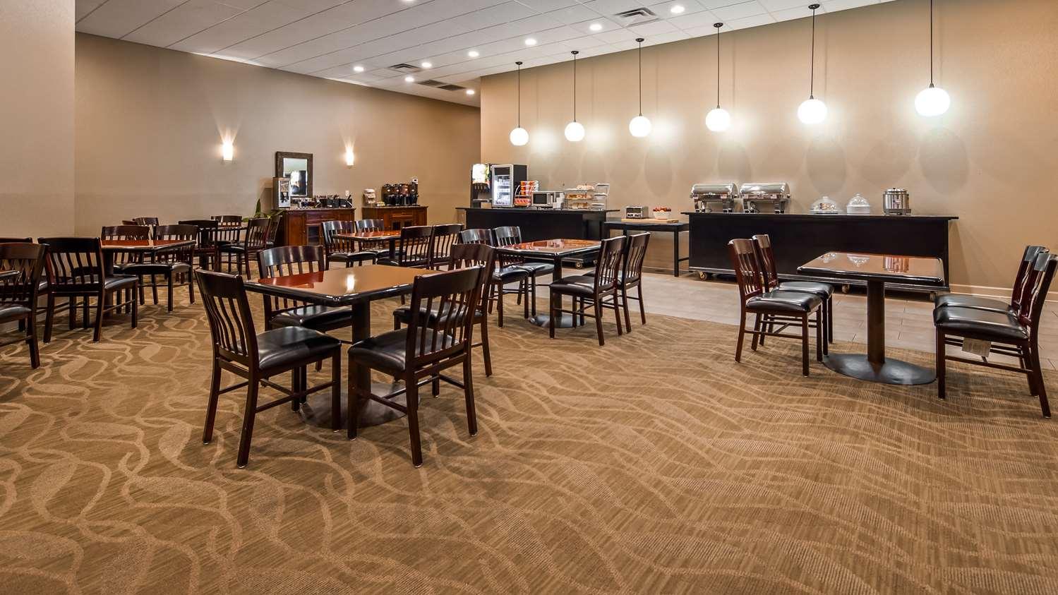 Restaurant - Best Western Plus Madison-Huntsville Hotel