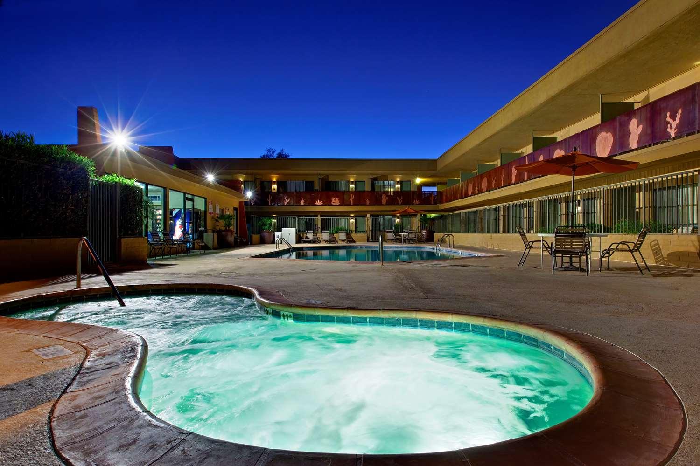 Pool - Best Western Royal Sun Inn & Suites Tucson