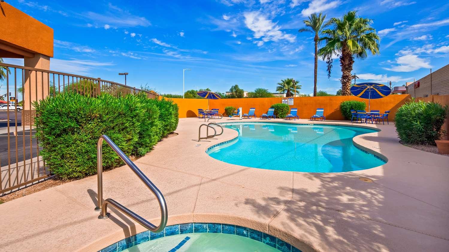 Pool - Best Western Inn of Chandler