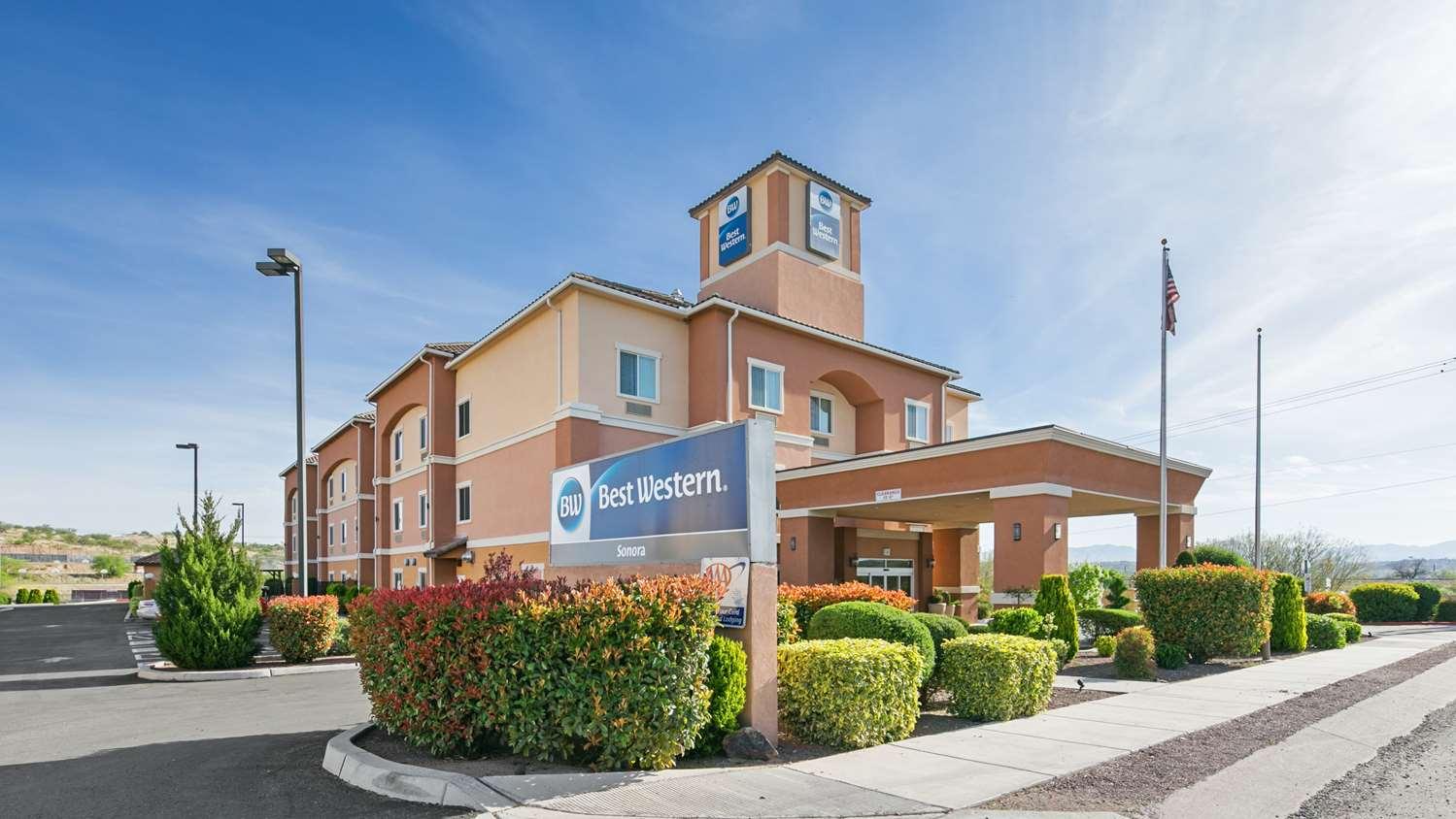 Exterior view - Best Western Sonora Inn & Suites Nogales
