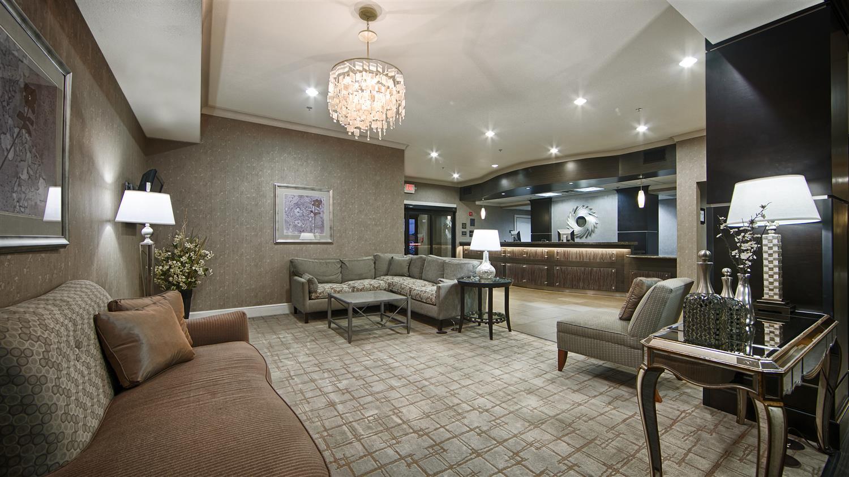 Lobby - Best Western Plus Texarkana Inn & Suites