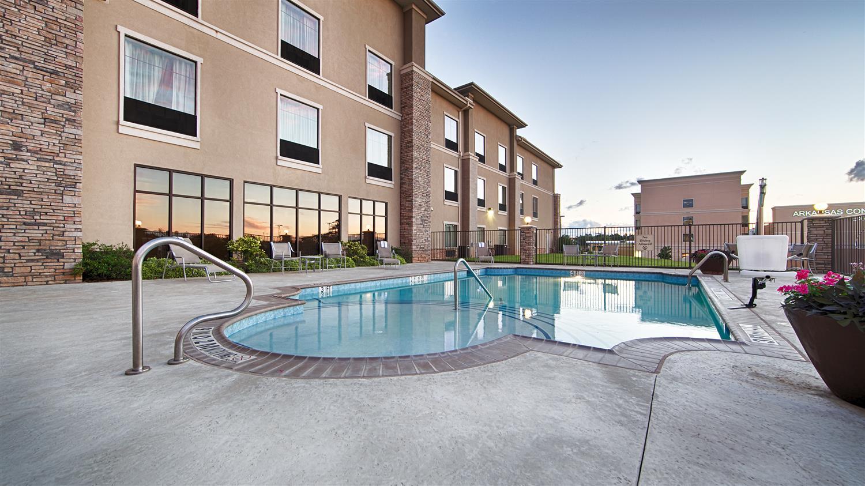 Pool - Best Western Plus Texarkana Inn & Suites