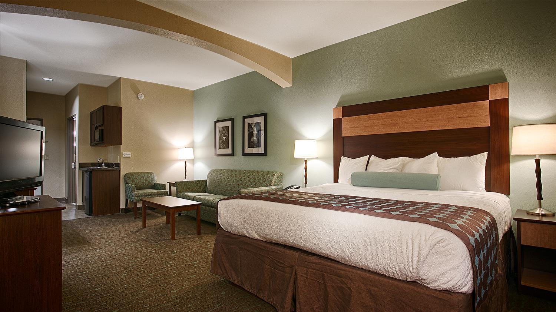 Suite - Best Western Plus Texarkana Inn & Suites