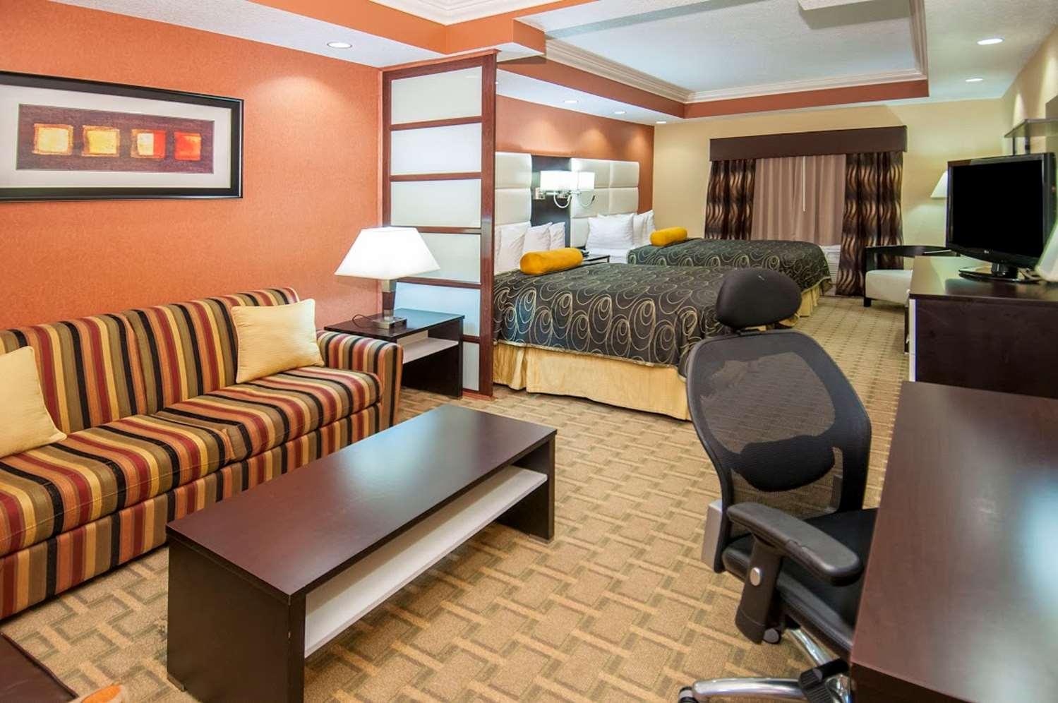 Room - Best Western Plus JFK Inn & Suites North Little Rock
