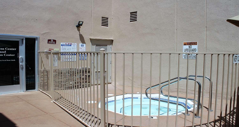 Spa - Best Western Motor Inn Canoga Park