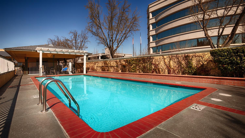 Pool - Best Western Town House Inn Modesto