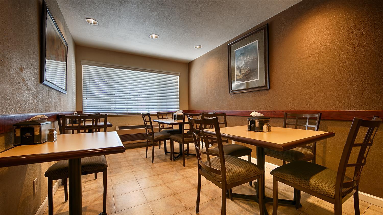 Restaurant - Best Western Town House Inn Modesto