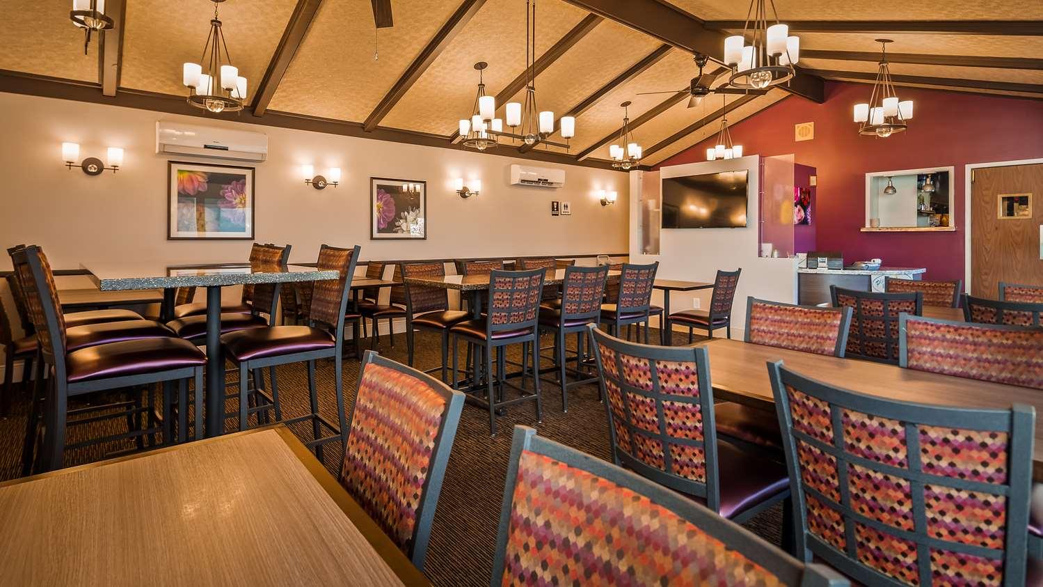 Restaurant - Best Western Garden Inn Santa Rosa