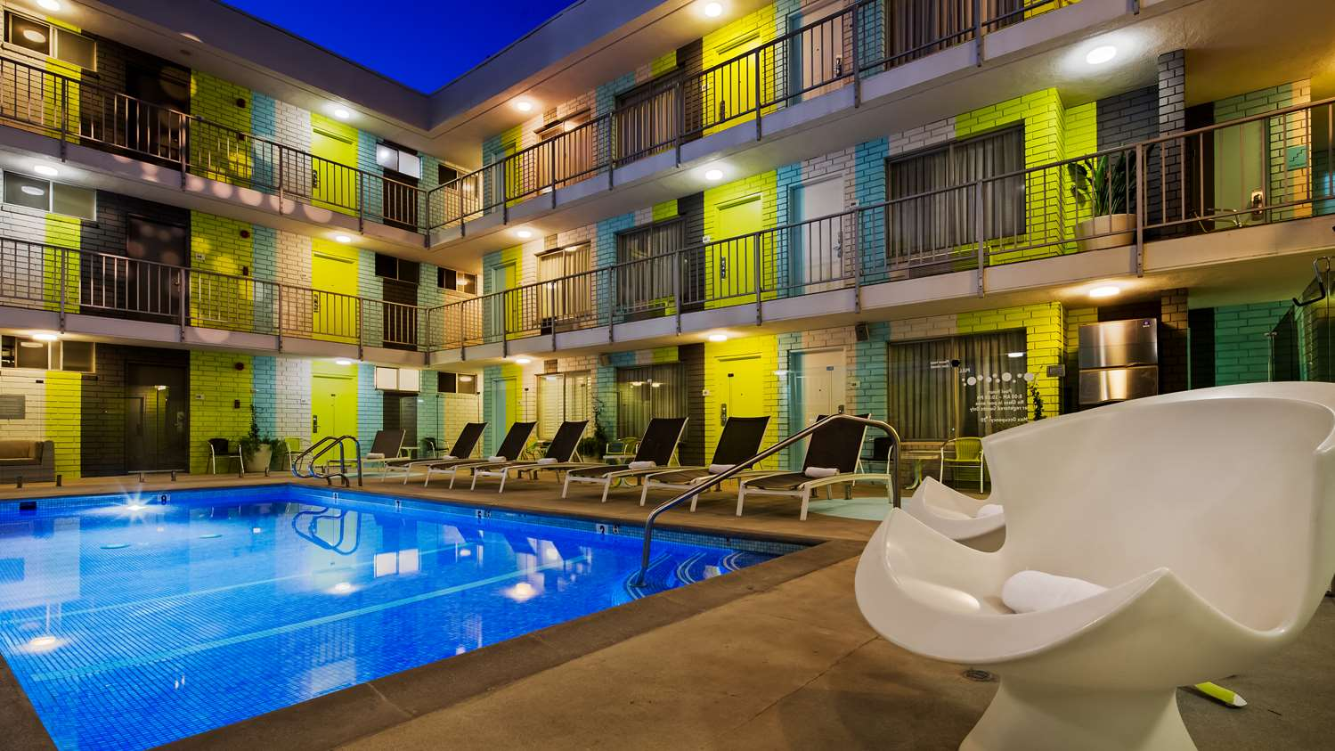 Pool - Best Western Plus Hollywood Hills Hotel Hollywood