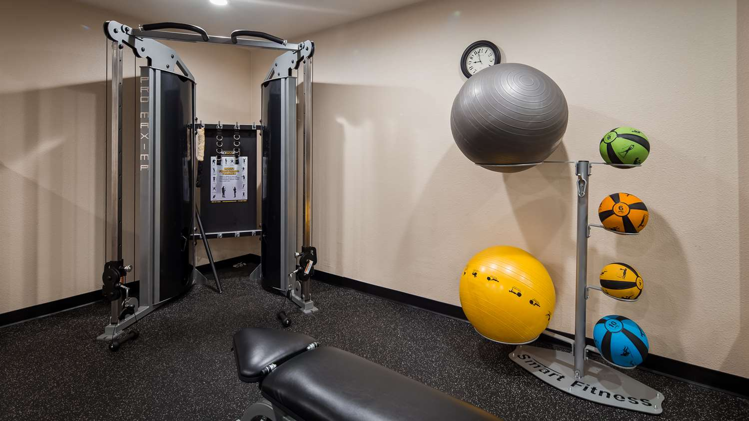 Fitness/ Exercise Room - Best Western Roseville Inn