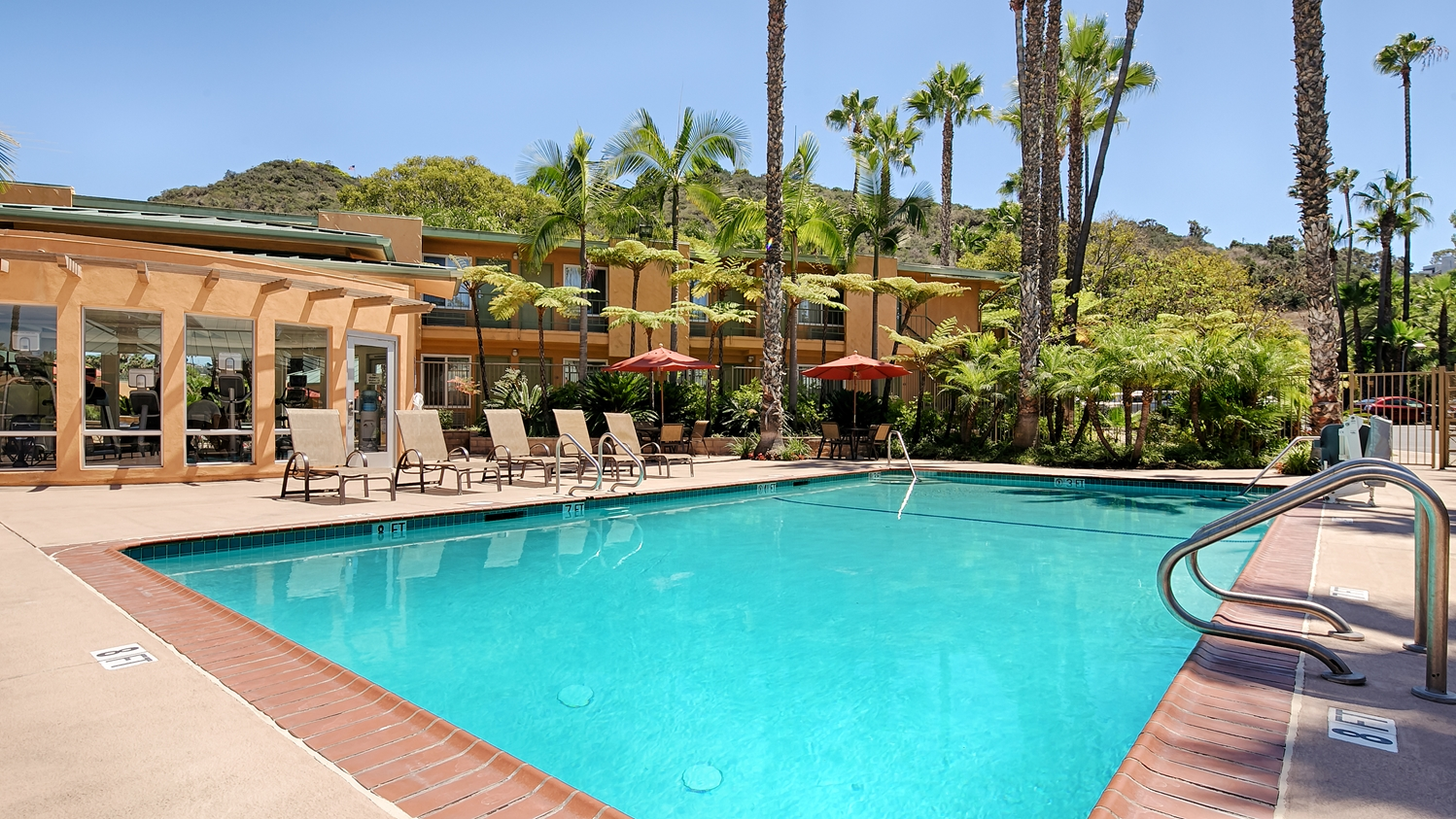 Pool - Best Western Seven Seas Inn San Diego