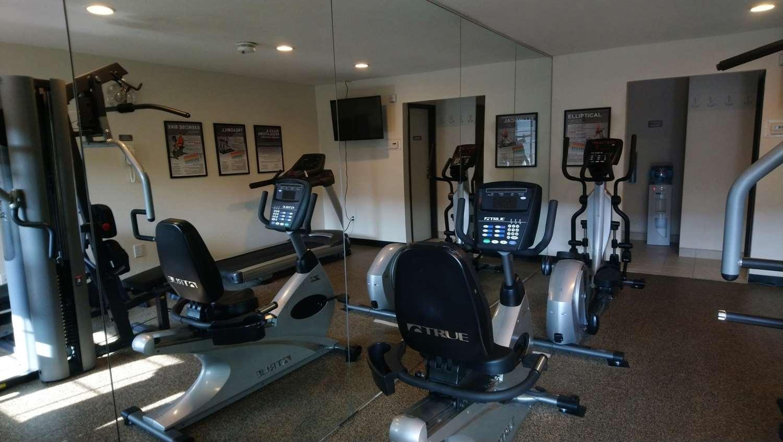 Fitness/ Exercise Room - Best Western Rohnert Park Inn