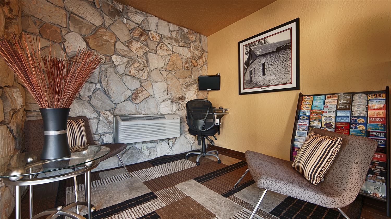 Lobby - Best Western Pine Tree Motel Chino