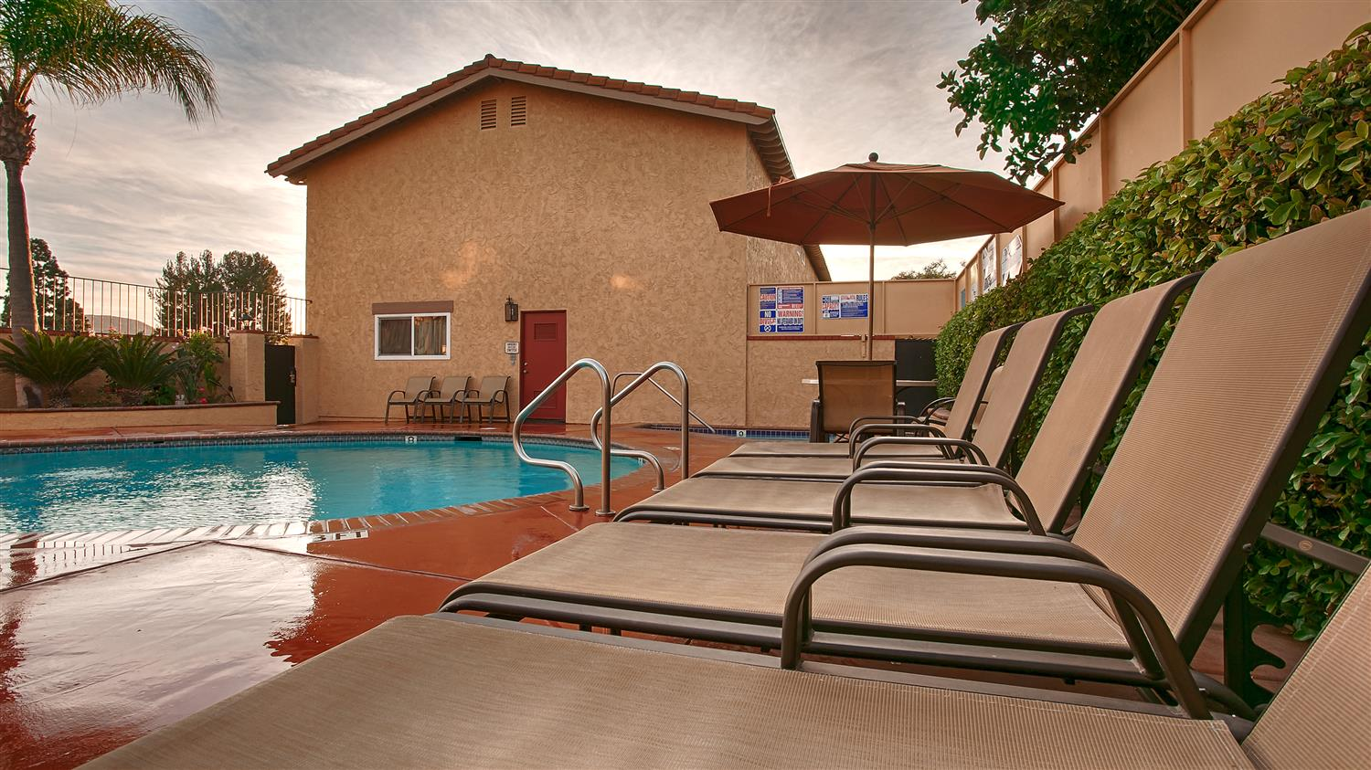 Pool Best Western La Posada Motel Fillmore