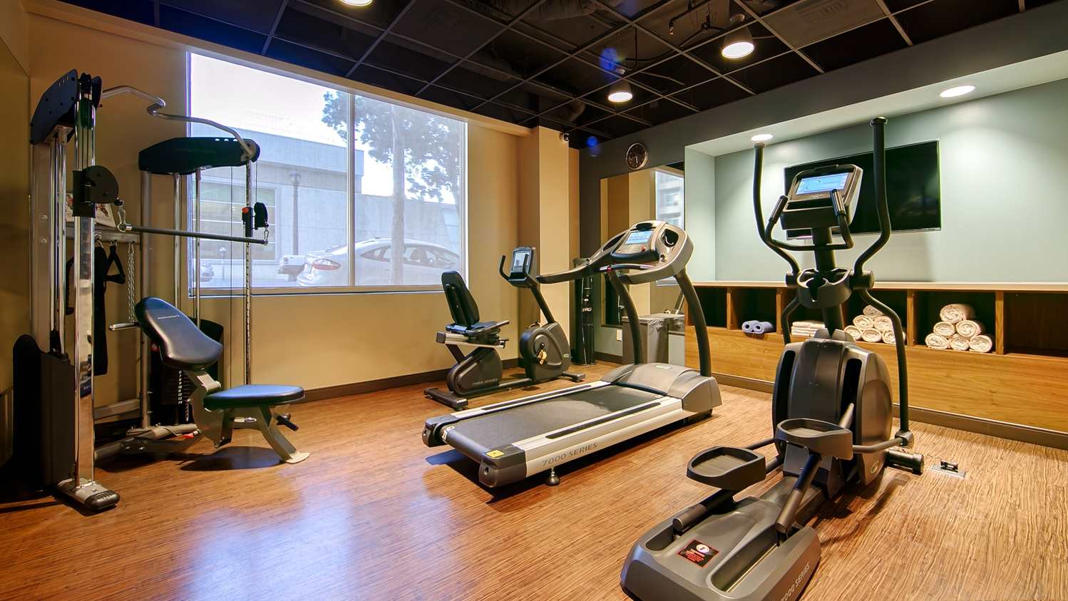 Fitness/ Exercise Room - Best Western Plus Bayside Inn San Diego