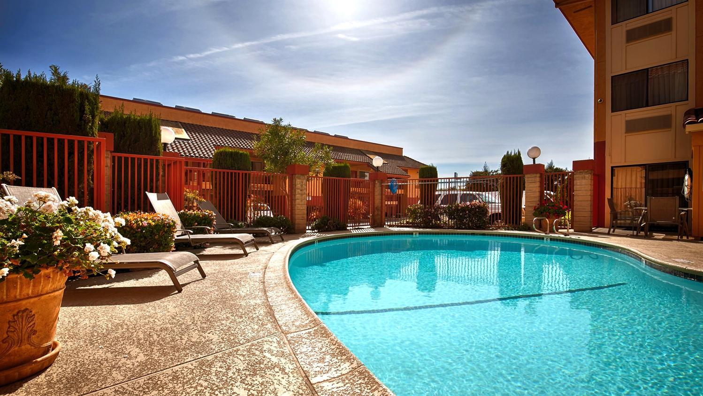 Pool - Best Western Plus Inn of Hayward