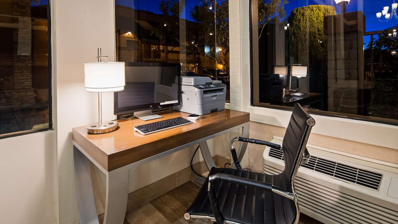 Conference Area - Best Western Plus Inn of Hayward