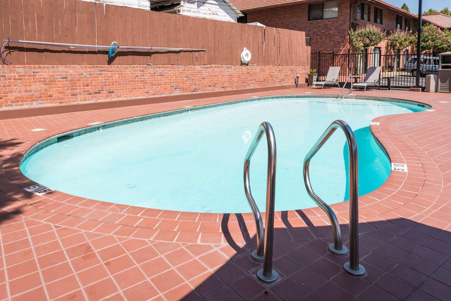 Pool - Best Western Amador Inn Jackson
