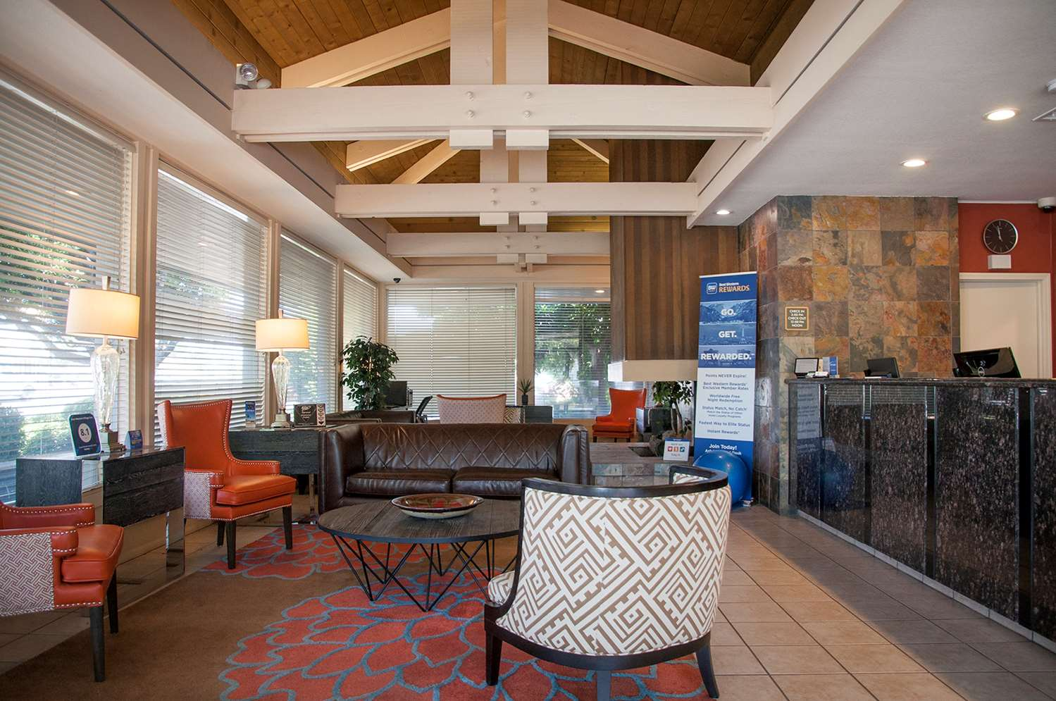 Lobby - Best Western Village Inn Fresno