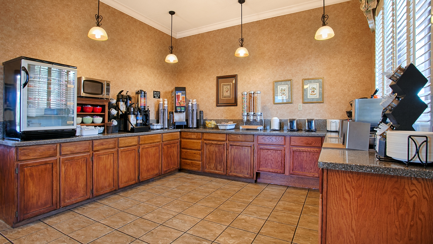 Restaurant - Best Western Plus Humboldt House Inn Garberville