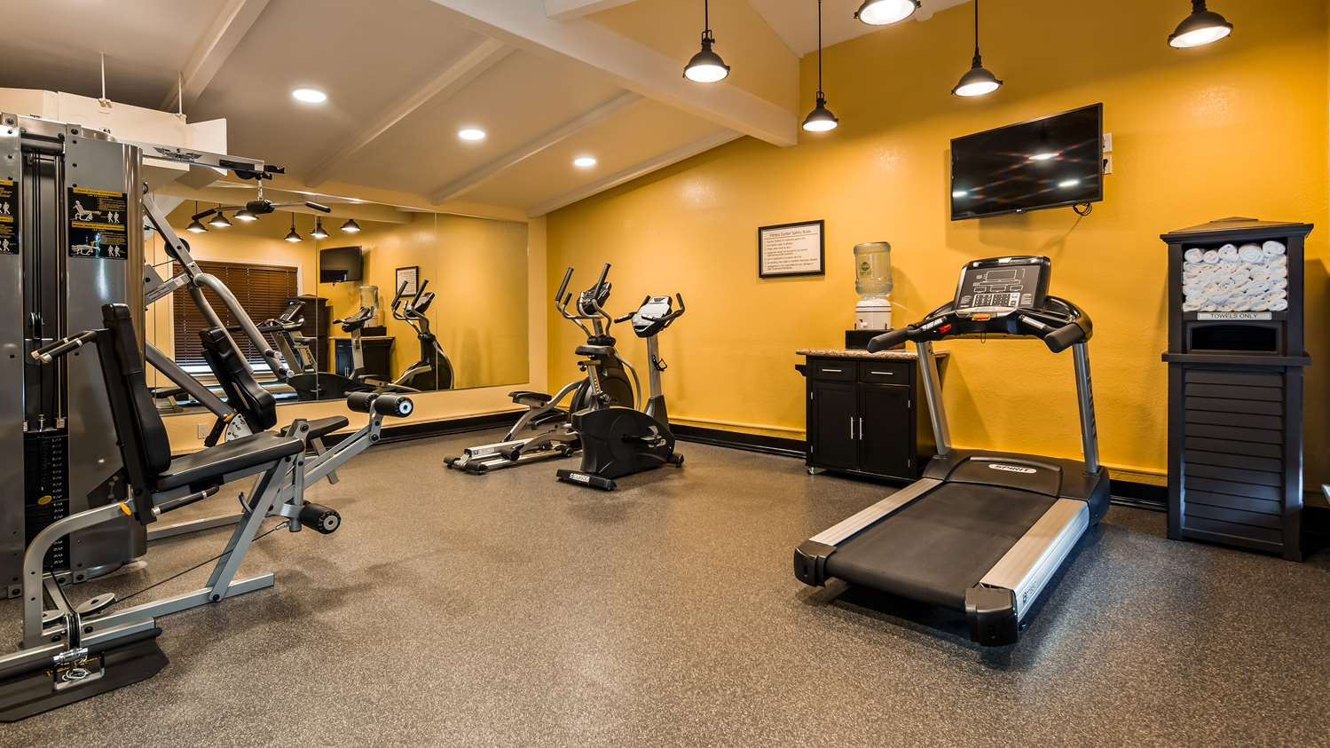 Fitness/ Exercise Room - Best Western Plus Humboldt House Inn Garberville