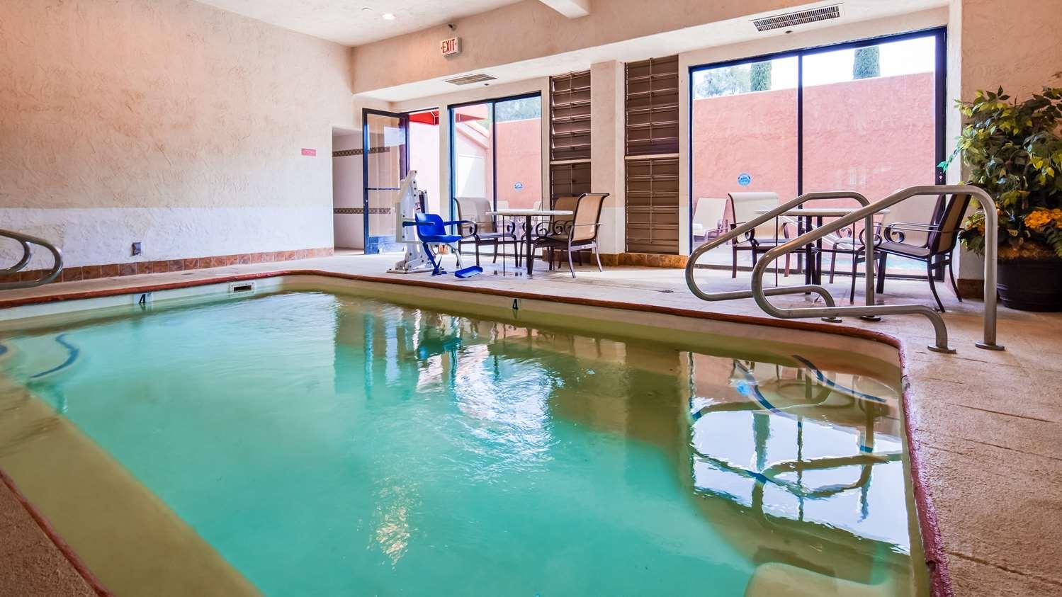 Pool - Best Western El Grande Inn Clearlake