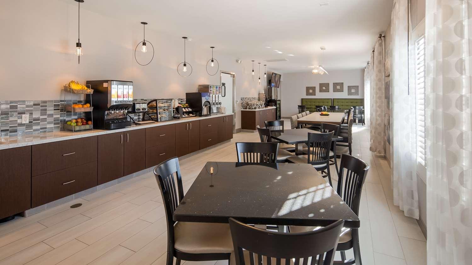 Restaurant - Best Western Country Inn Temecula