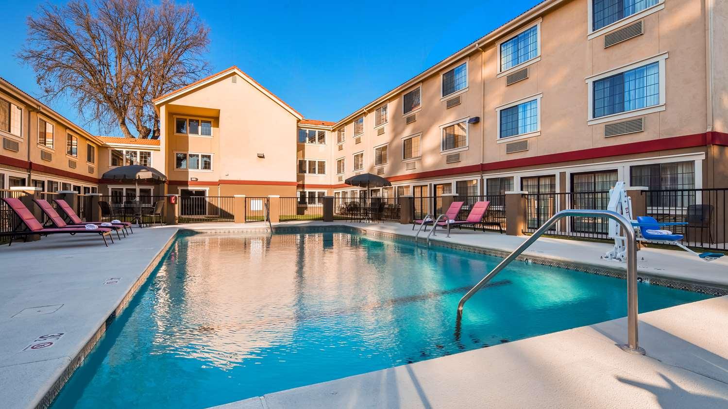 Pool - Best Western Plus Colony Inn Atascadero