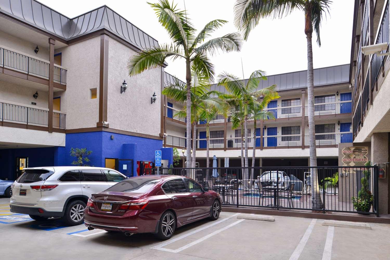 Exterior view - Best Western Airport Plaza Inn Inglewood