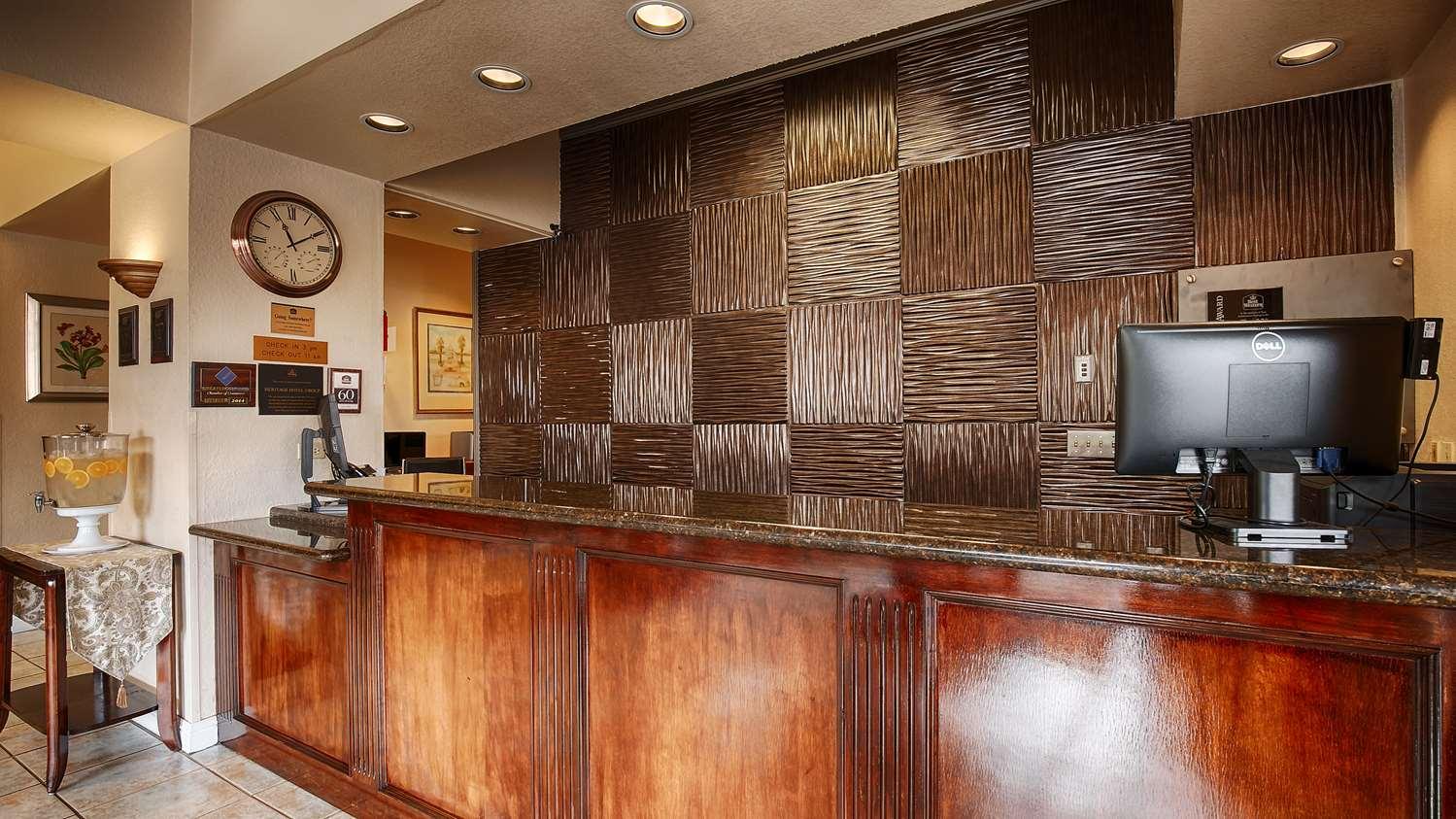 Lobby - Best Western Heritage Inn Concord