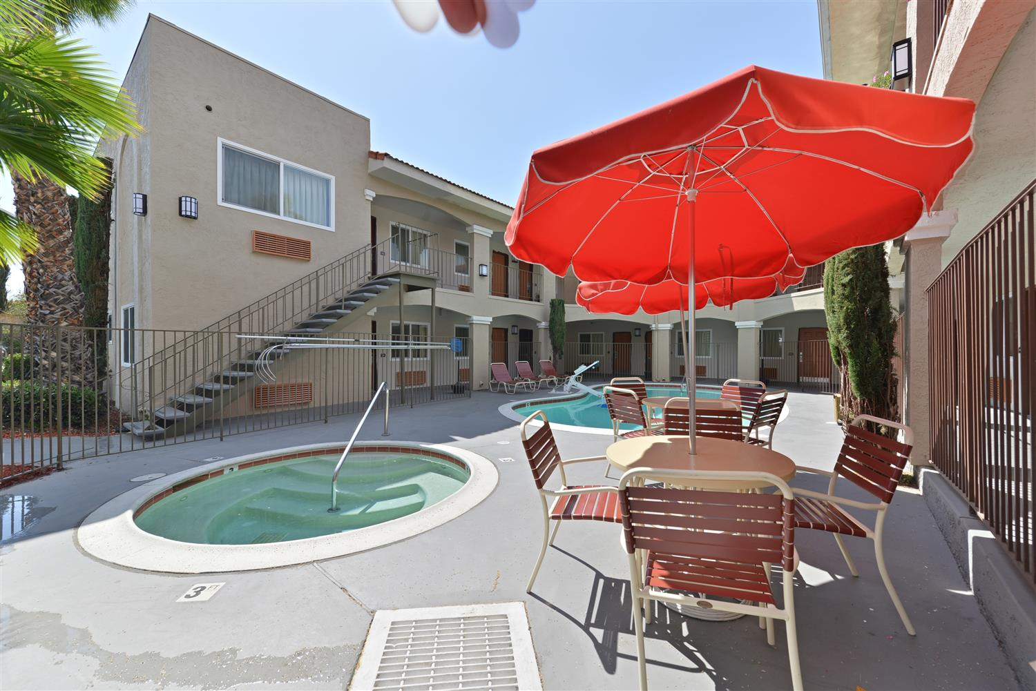 Pool - Best Western Santee Lodge