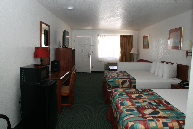 Room - Best Western Colorado River Inn Needles