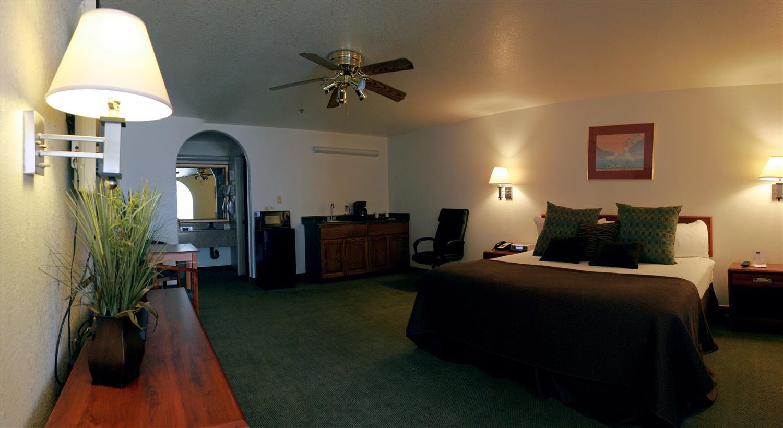Suite - Best Western Colorado River Inn Needles