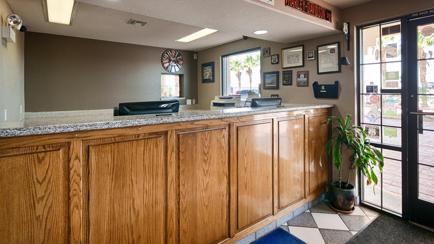 Lobby - Best Western Colorado River Inn Needles