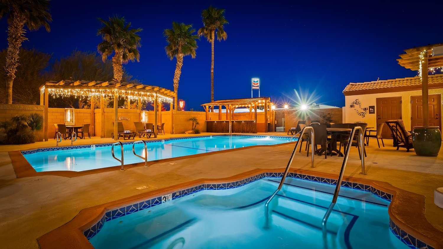 Pool - Best Western Colorado River Inn Needles