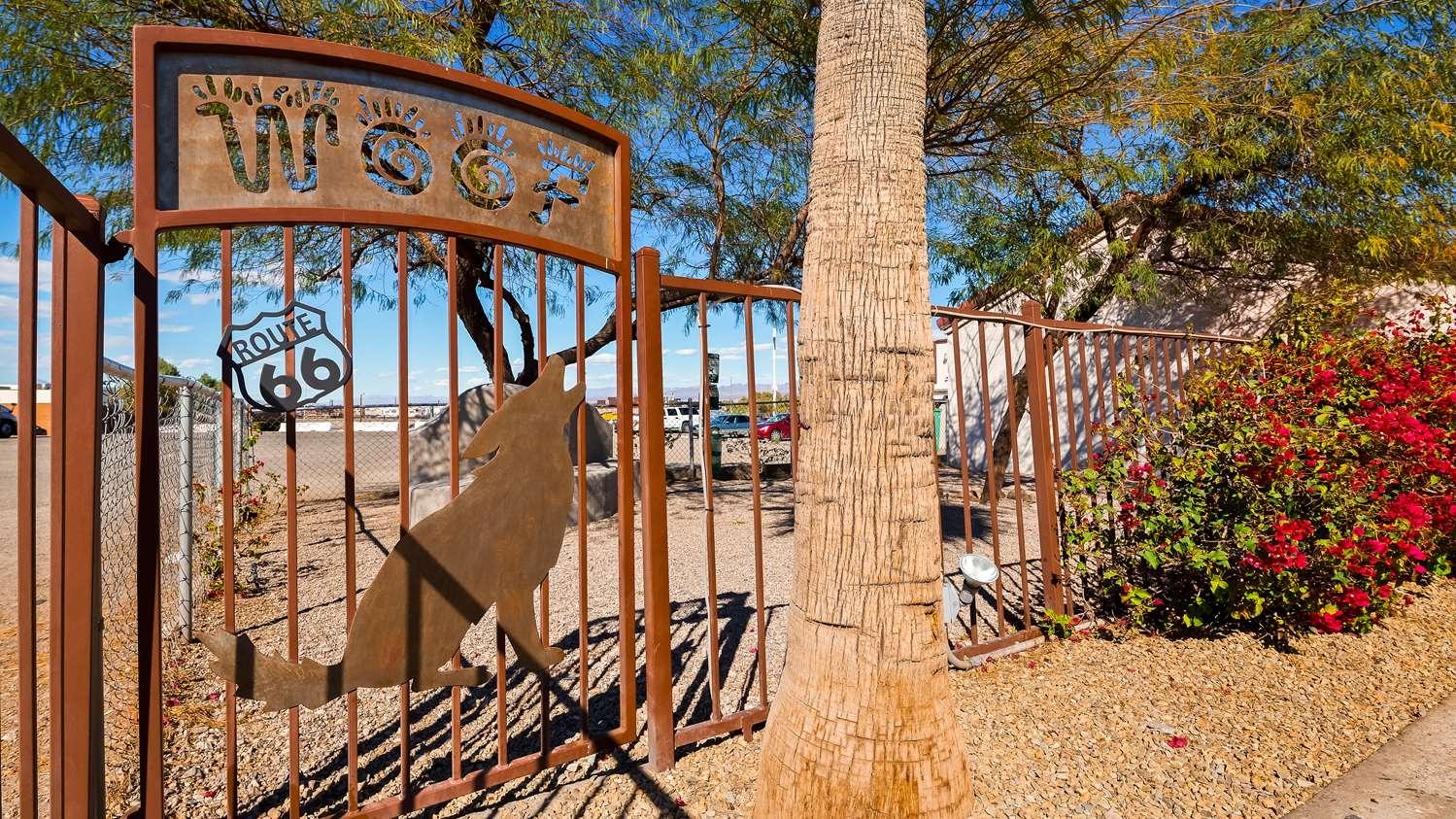 Exterior view - Best Western Colorado River Inn Needles