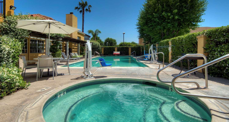 Pool - Best Western Plus Inn Dixon