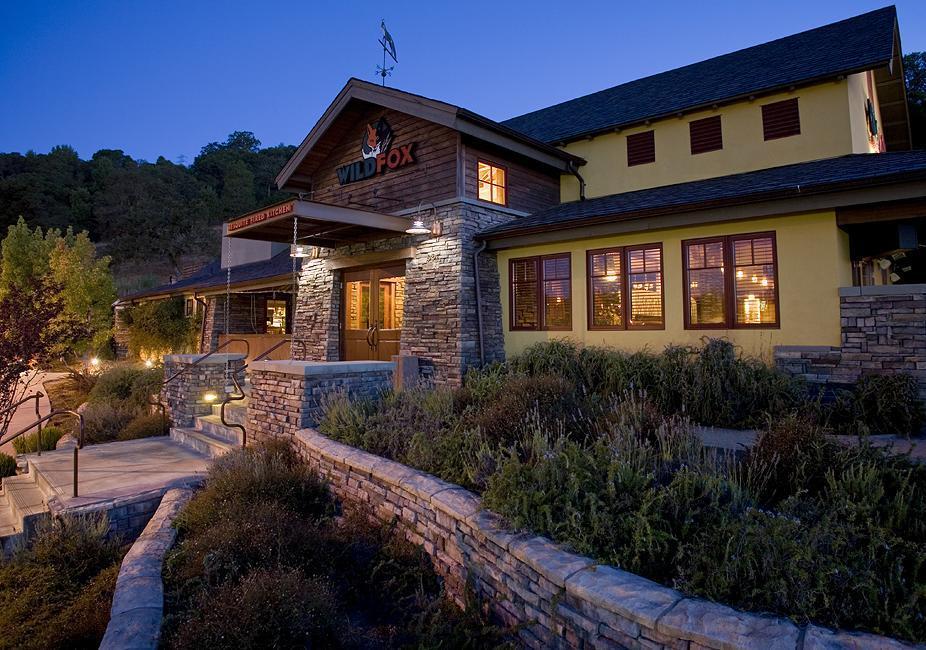 best western plus novato oaks inn ca see discounts. Black Bedroom Furniture Sets. Home Design Ideas