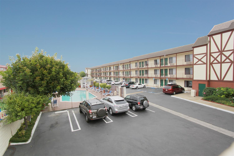 Exterior view - Best Western Surf City Hotel Huntington Beach