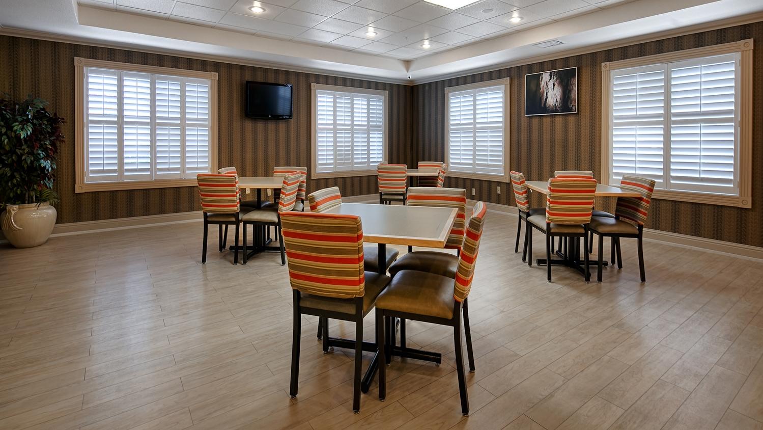 Best Western Plus Rama Inn Amp Suites Oakdale Ca See