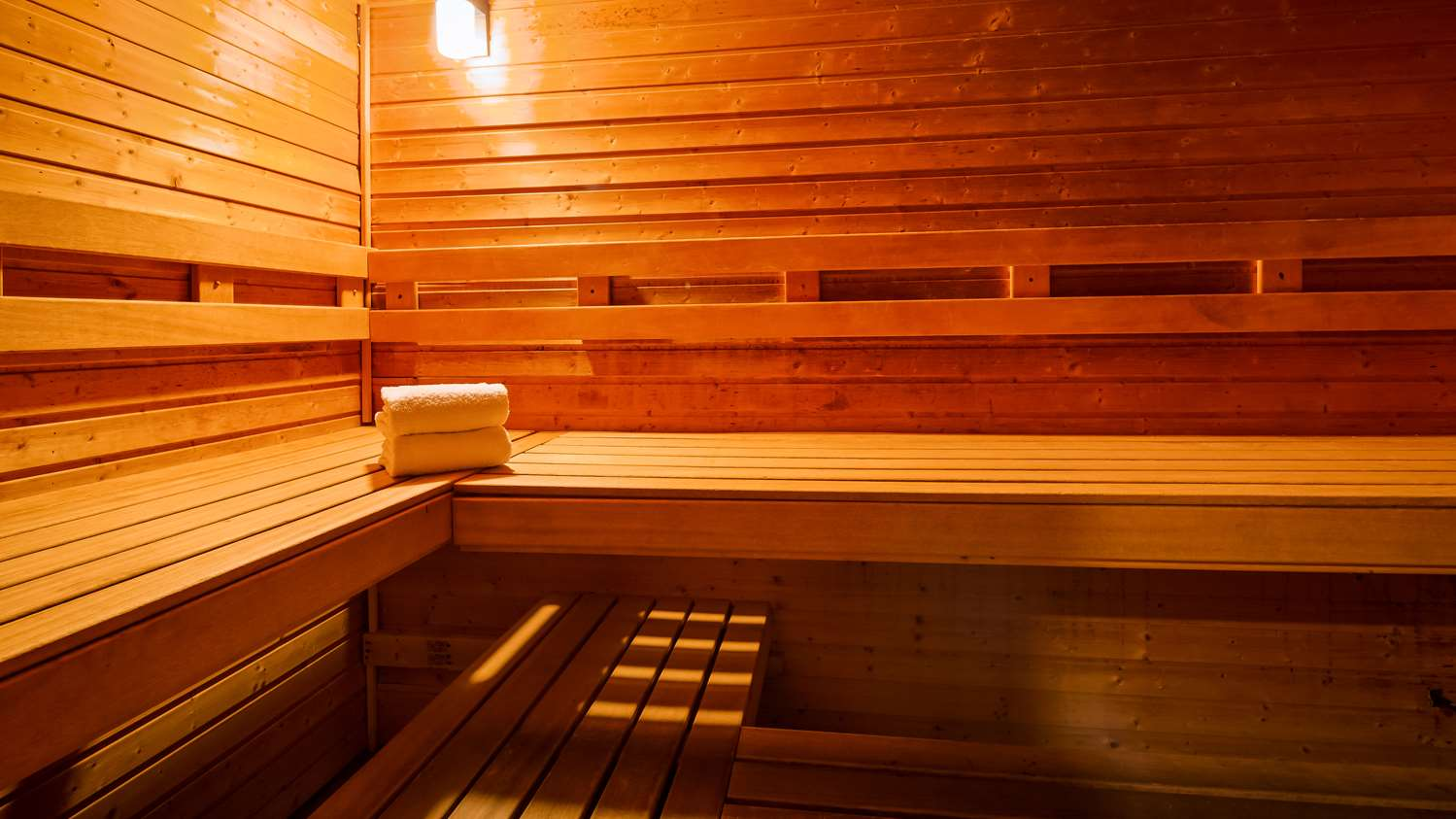 Spa - Best Western Plus Rama Inn & Suites Oakdale