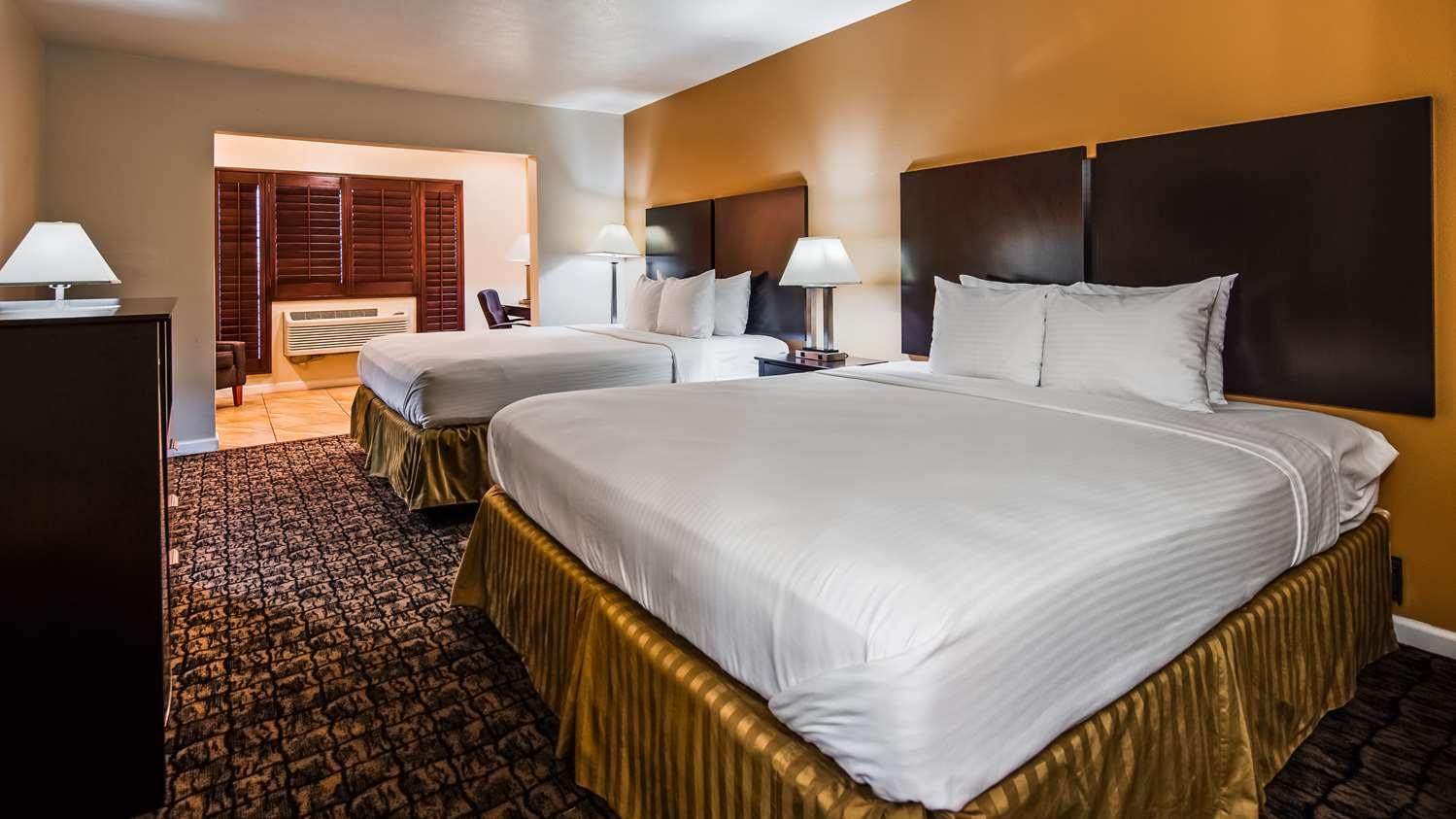 Room - Best Western El Centro Inn